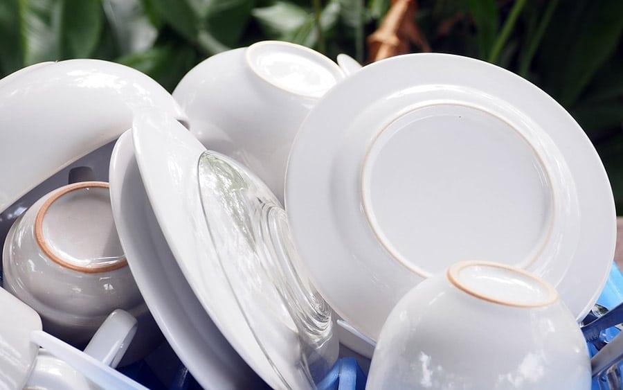 ahorrar lavando platos 10 Consejos que NO Conocías para Ahorrar Agua en Casa Ahorrar