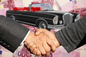 2 Precio a vender un coche 300x200 1 Cómo ganar Dinero Comprando y Vendiendo Coches Las Mejores Formas de Ganar Dinero