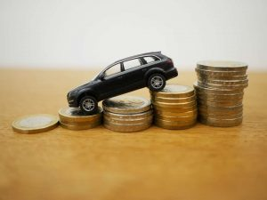 3 Hacer Car Flipping 300x225 1 Cómo ganar Dinero Comprando y Vendiendo Coches Las Mejores Formas de Ganar Dinero